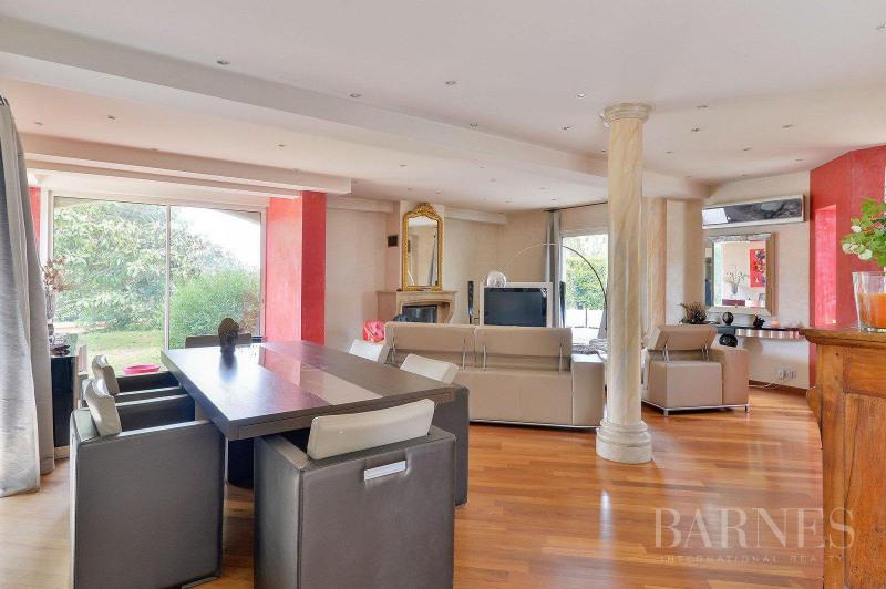 Deluxe sale house / villa Saint-bonnet-de-mure 649000€ - Picture 3