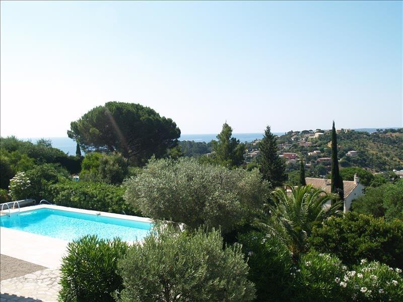 Deluxe sale house / villa Les issambres 690000€ - Picture 1