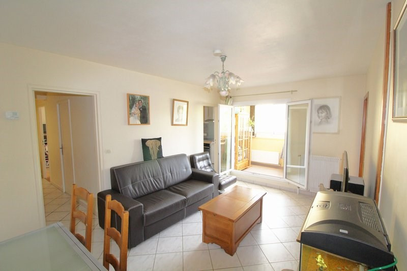 Sale apartment Maurepas 204 999€ - Picture 2