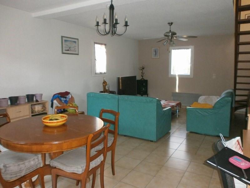 Sale house / villa L isle d'abeau 220000€ - Picture 3