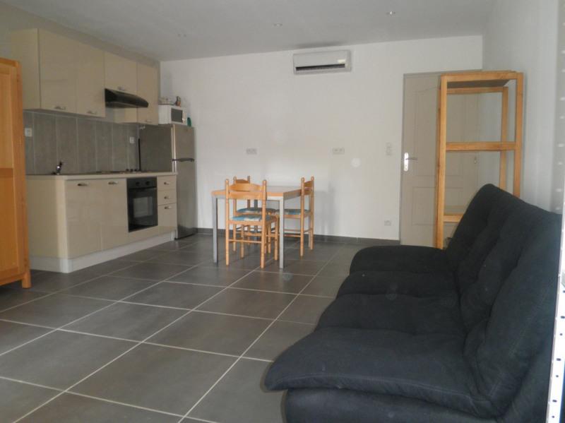 Sale apartment Carpentras 135000€ - Picture 3