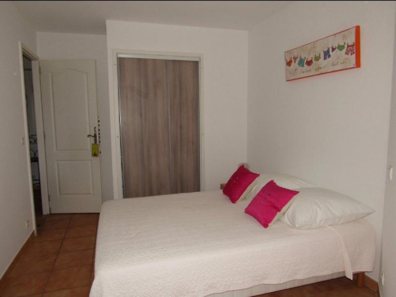 Rental apartment Cavalaire sur mer 1053€ CC - Picture 9