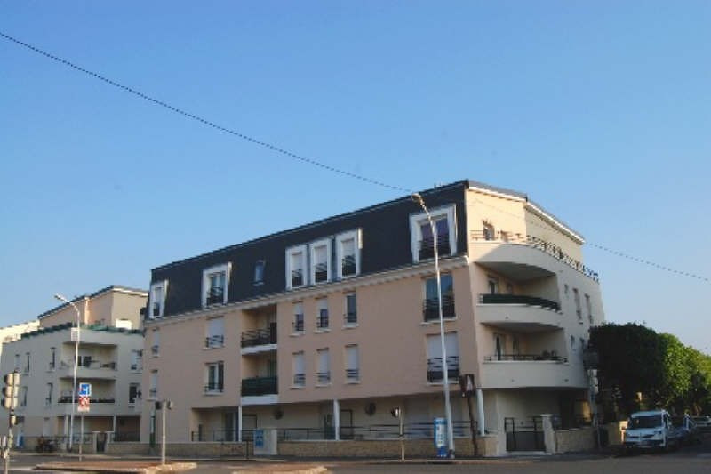 Rental apartment Draveil 1090€ CC - Picture 1