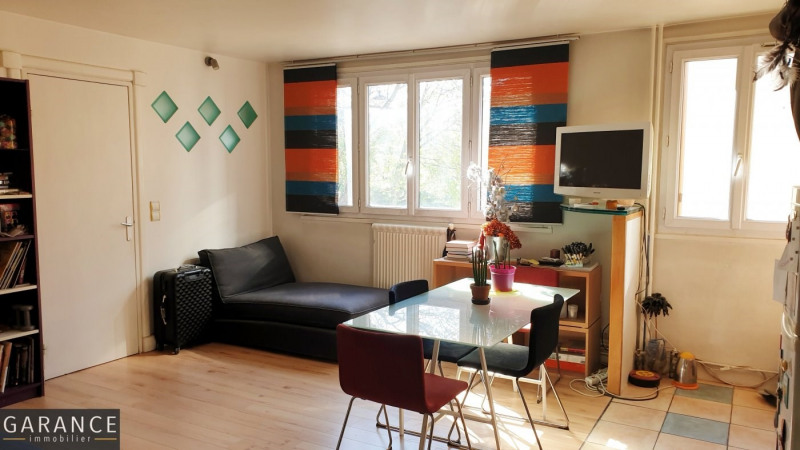 Sale apartment Paris 14ème 330000€ - Picture 2