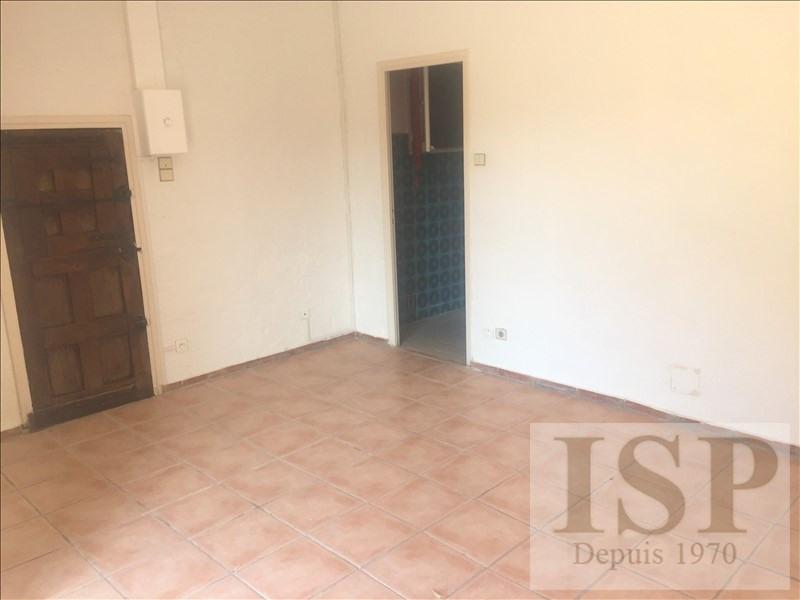 Location appartement Les milles 596€ CC - Photo 3