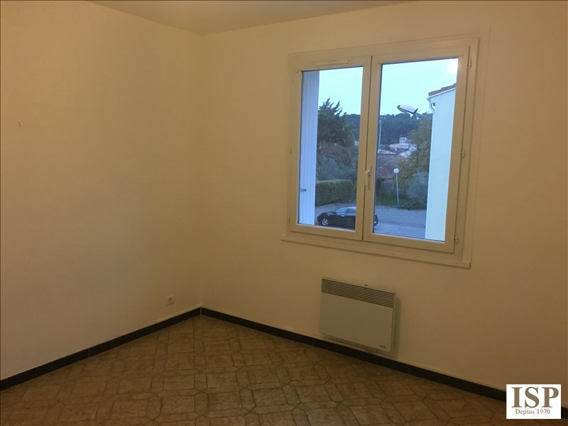 Rental apartment Velaux 884€ CC - Picture 5