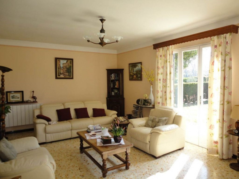 Sale house / villa Entraigues sur la sorgue 410000€ - Picture 12