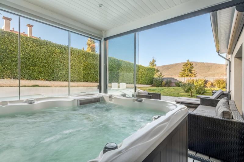 Deluxe sale house / villa Pollionnay 615000€ - Picture 4