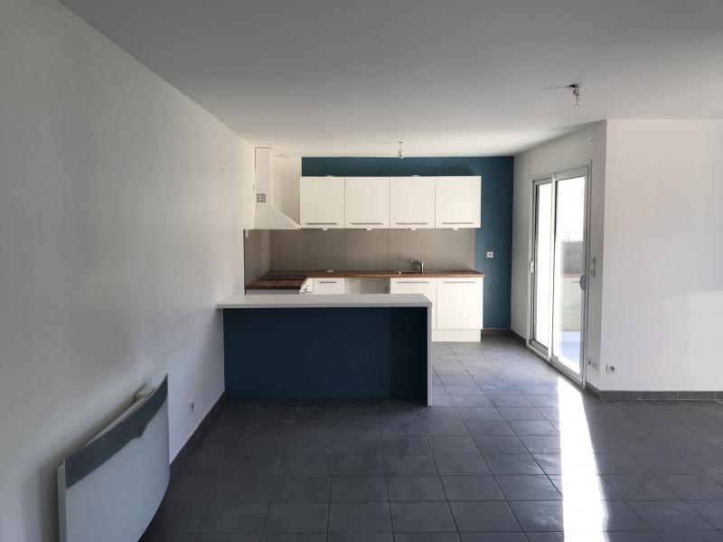 Location maison / villa Chatuzange le goubet 855€ CC - Photo 3