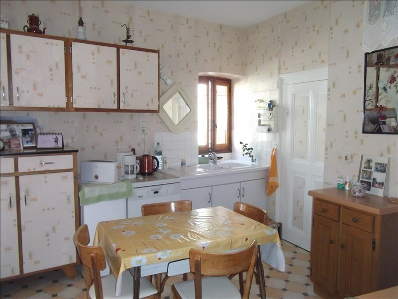 Sale house / villa Yenne 127 000€ - Picture 1