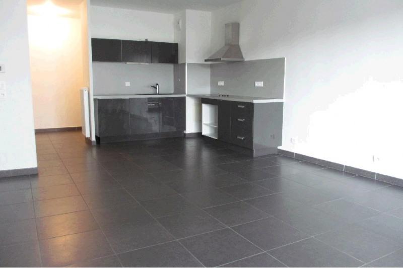 Rental apartment Seynod 1158€ CC - Picture 3