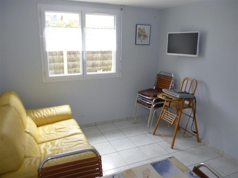 Vacation rental house / villa La plaine sur mer 498€ - Picture 4