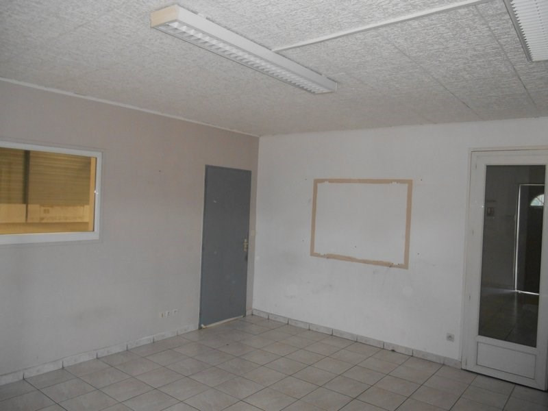 Rental empty room/storage Grenay 2800€ HC - Picture 3