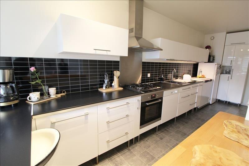 Sale apartment Elancourt 216000€ - Picture 2