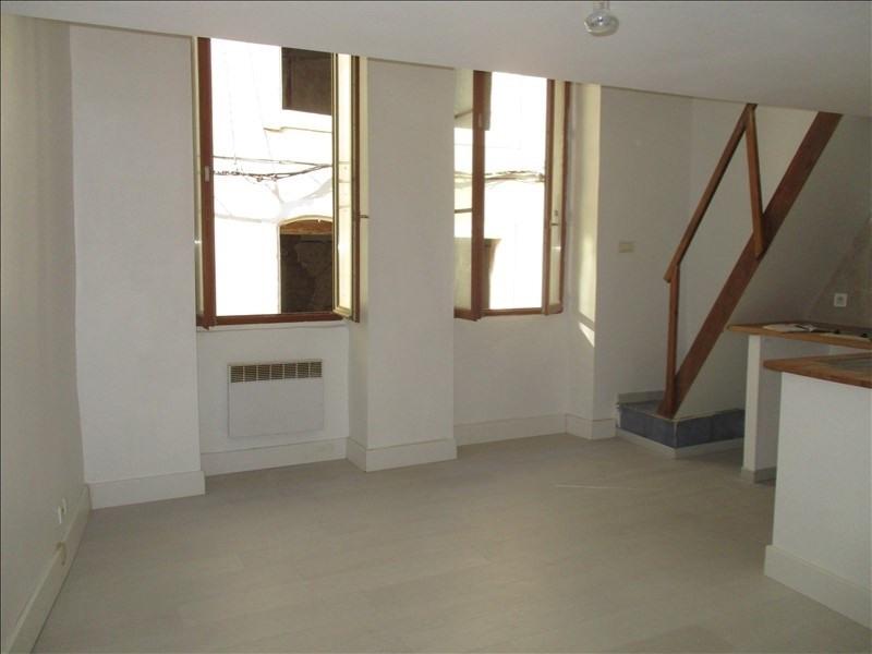 Verhuren  appartement Nimes 390€ CC - Foto 1