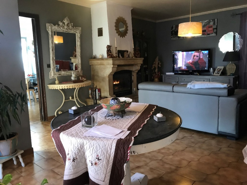Vente maison / villa Uzes 239 000€ - Photo 6
