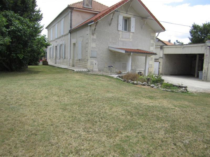 Vente maison / villa Barbezieux-saint-hilaire 322000€ - Photo 5