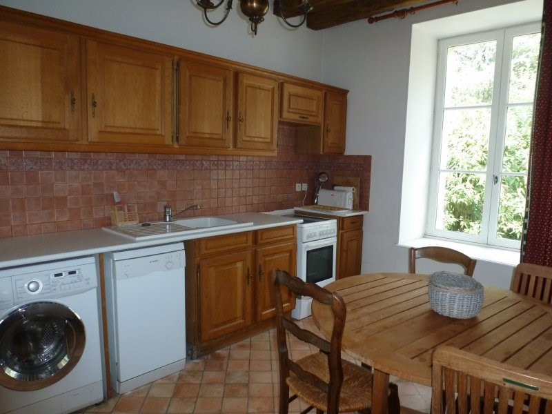 Location maison / villa Fontaine chaalis 1 350€ CC - Photo 3