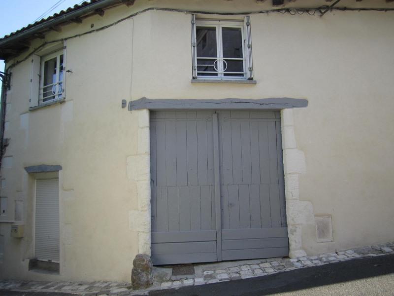 Rental apartment Barbezieux-saint-hilaire 378€ CC - Picture 1
