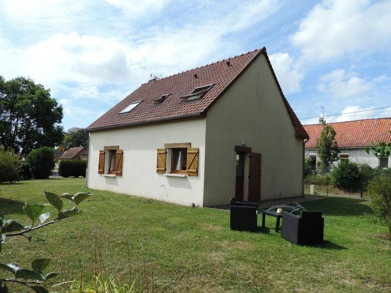 Sale house / villa Le titre 185000€ - Picture 1