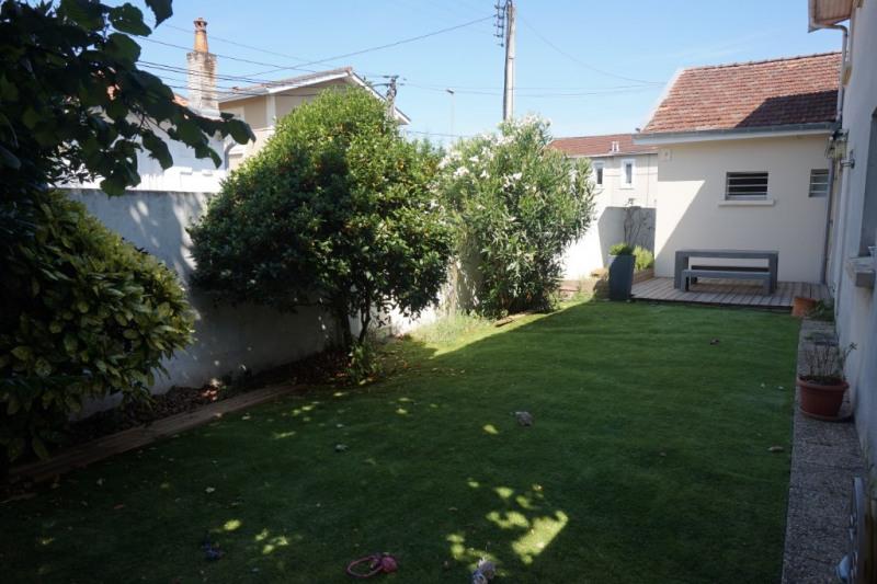 Deluxe sale house / villa Pessac 620000€ - Picture 2