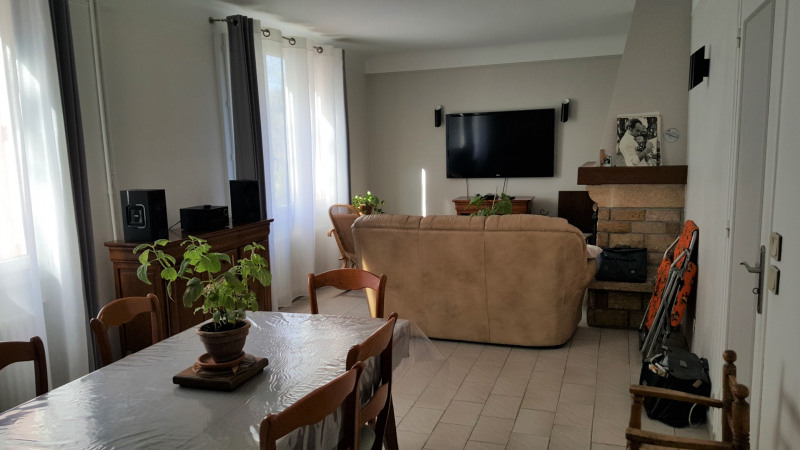 Sale house / villa Nanterre 873 600€ - Picture 3