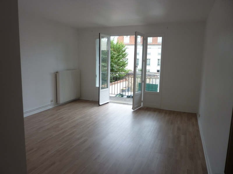 Location appartement Fontainebleau 835€ CC - Photo 3