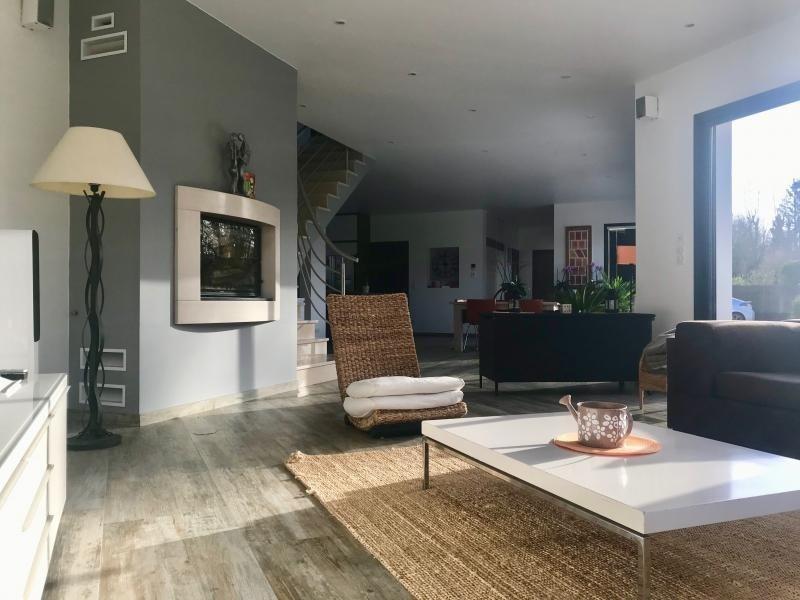 Sale house / villa Montfort l amaury 672000€ - Picture 2