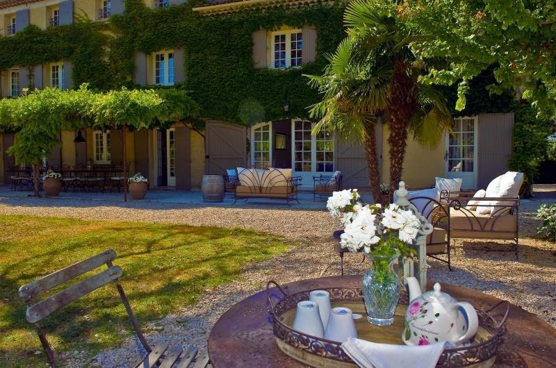 Deluxe sale house / villa Vernegues 1320000€ - Picture 2