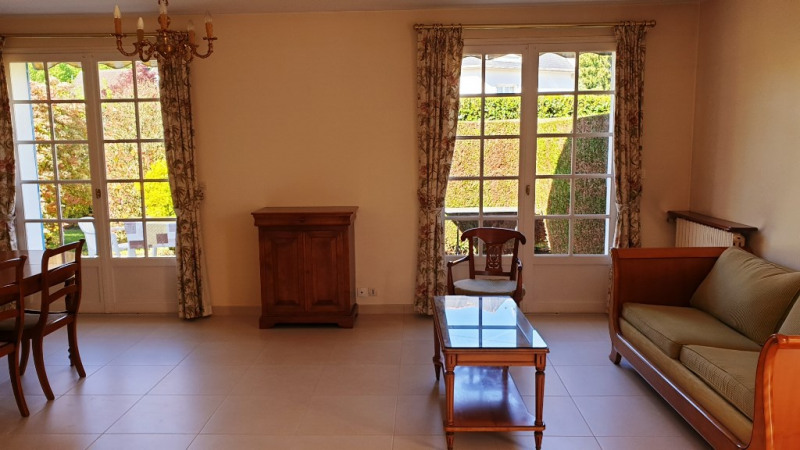 Sale house / villa Montfort-l'amaury 385 000€ - Picture 4