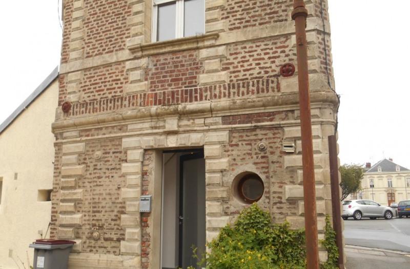 Rental house / villa Saint quentin 498€ CC - Picture 5