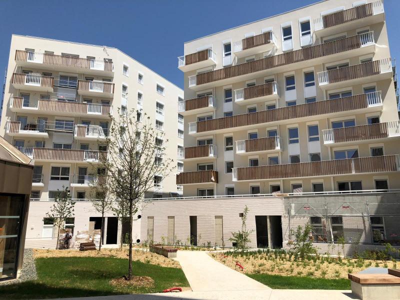 Location appartement Montreuil 1290€ CC - Photo 1