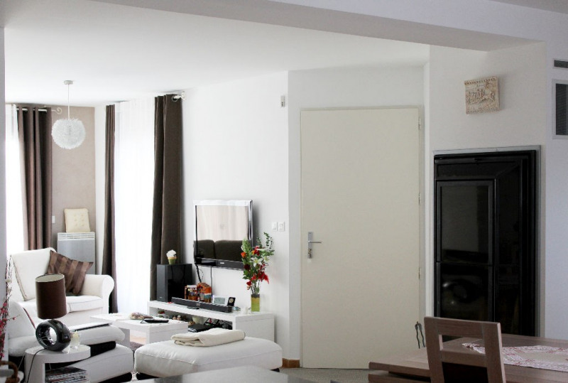 Vente maison / villa Mallemort 335000€ - Photo 2