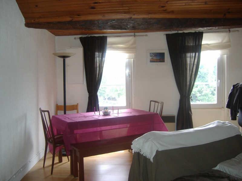 Location appartement Saint germain en laye 867€ CC - Photo 1