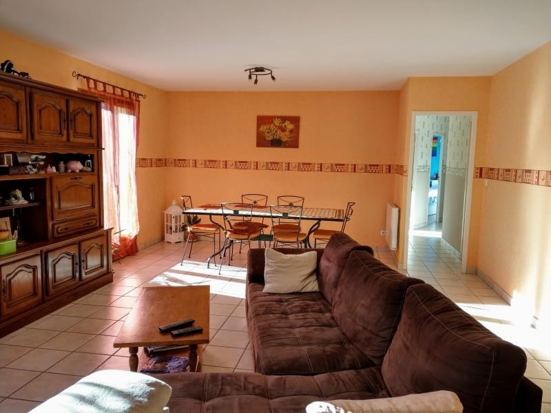 Sale house / villa Maillat 205000€ - Picture 4