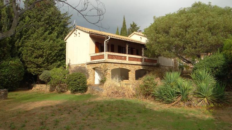 Vacation rental house / villa Cavalaire sur mer  - Picture 3