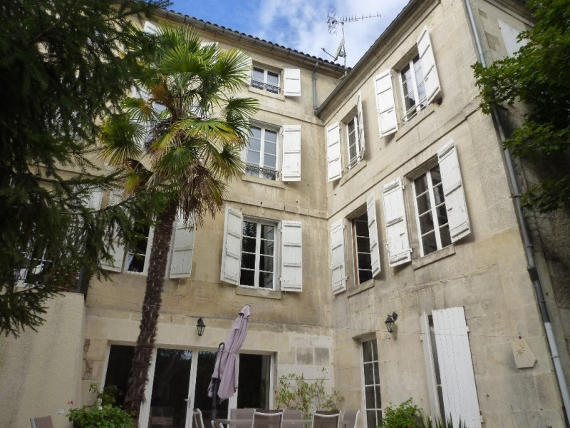 Sale house / villa Cognac 468000€ - Picture 1