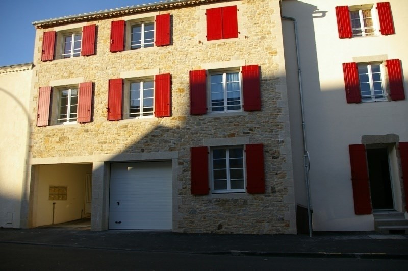 Sale apartment La roche sur yon 110000€ - Picture 1