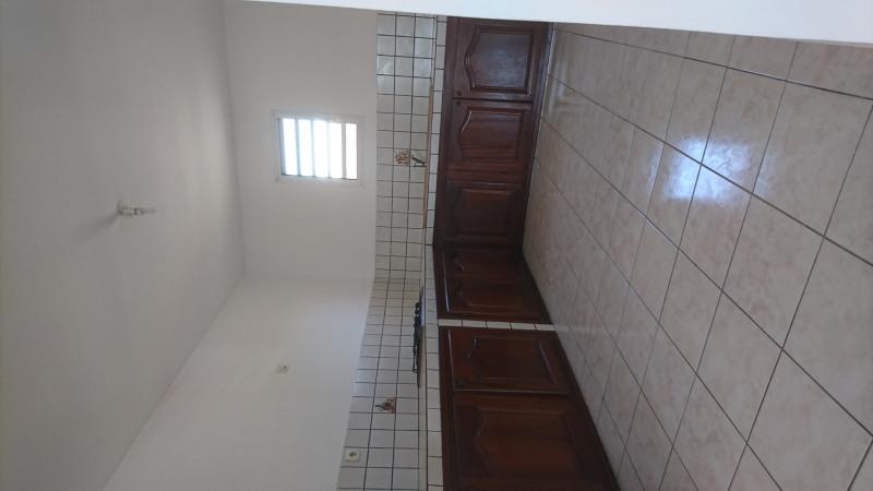 Location appartement Saint-andré 740€ CC - Photo 2