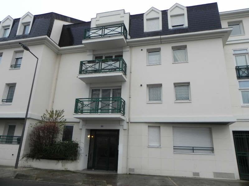 Locação apartamento Jouy le moutier 866€ CC - Fotografia 1