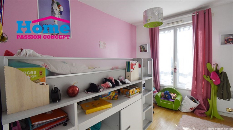 Sale apartment Colombes 620000€ - Picture 6