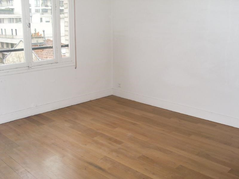 Location appartement Neuilly sur seine 2 738€ CC - Photo 3