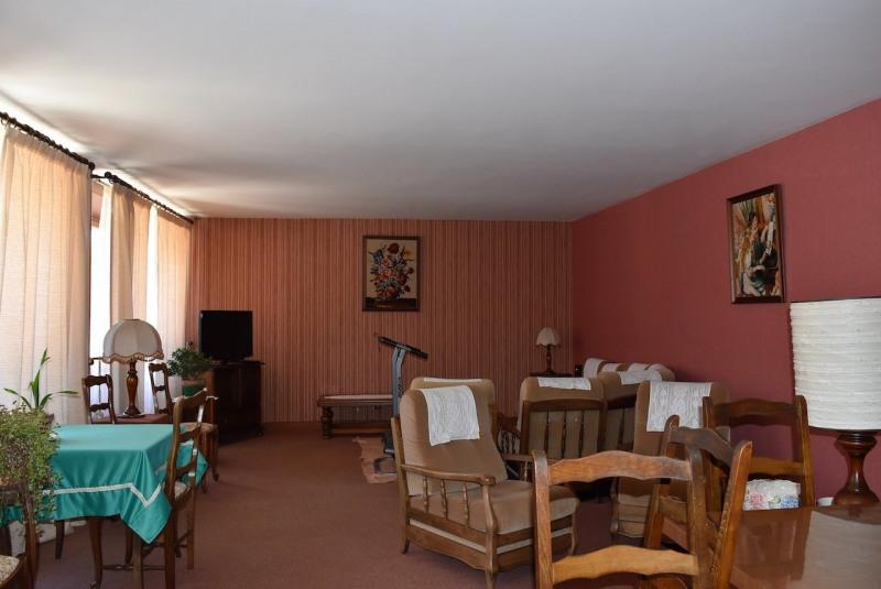 Sale house / villa Arcens 350000€ - Picture 7