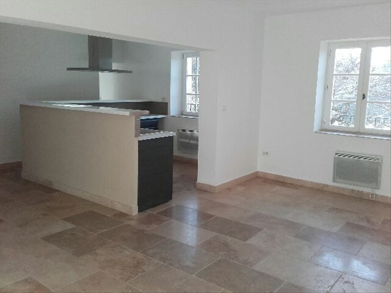 Location appartement Rognes 980€ CC - Photo 1