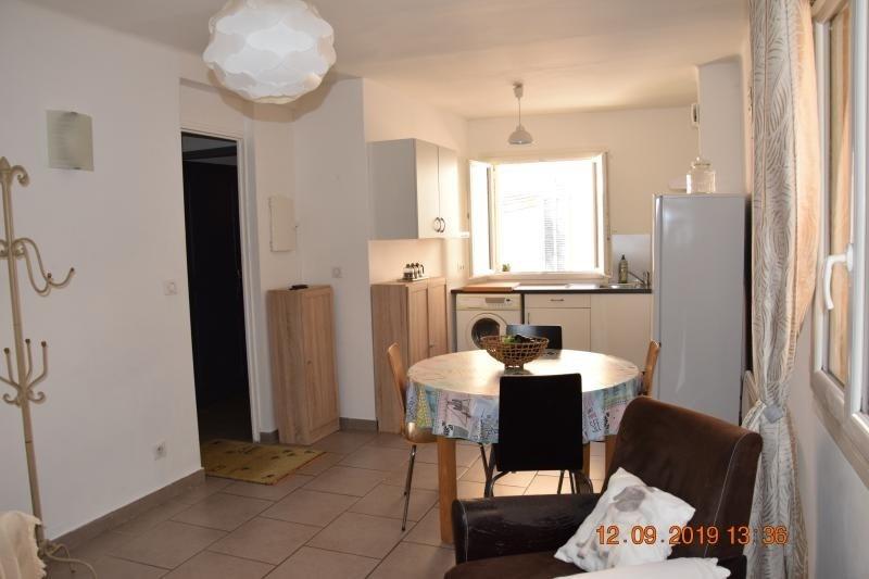 Location appartement Eguilles 670€ CC - Photo 1