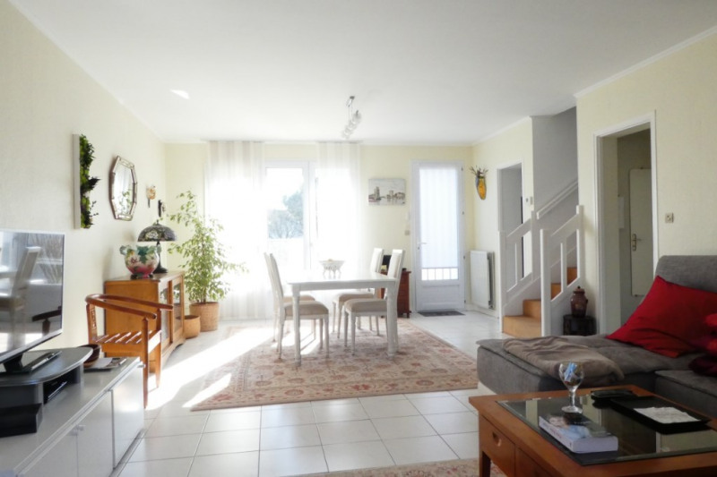 Sale house / villa 17140 394 000€ - Picture 1