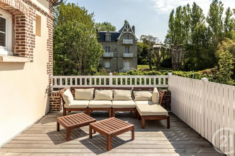 Revenda residencial de prestígio casa Villerville 735000€ - Fotografia 18
