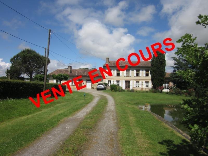 Sale house / villa L isle jourdain 398000€ - Picture 1