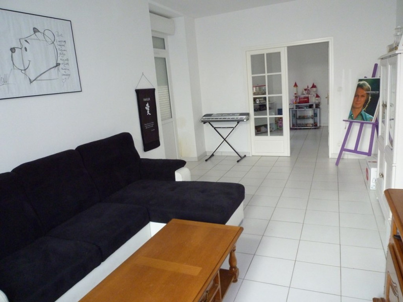 Rental house / villa Cognac 850€ CC - Picture 3