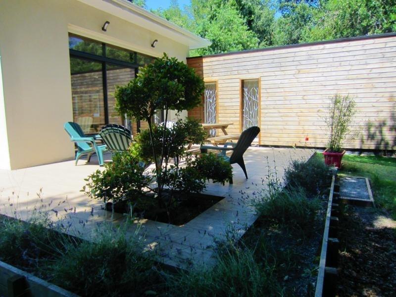 Sale house / villa Mios 428000€ - Picture 1
